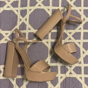 Aldo nude heels size 9